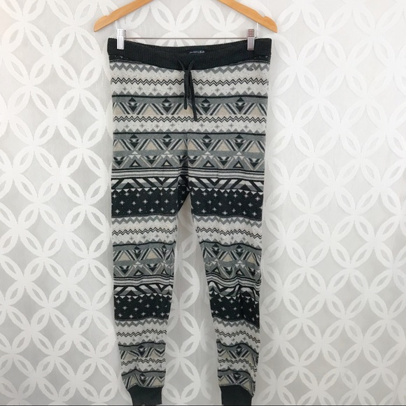 7c6c6c46e32f7 American Eagle Outfitters Pants - American Eagle Ahh-Mazing Soft Sweater  Legging